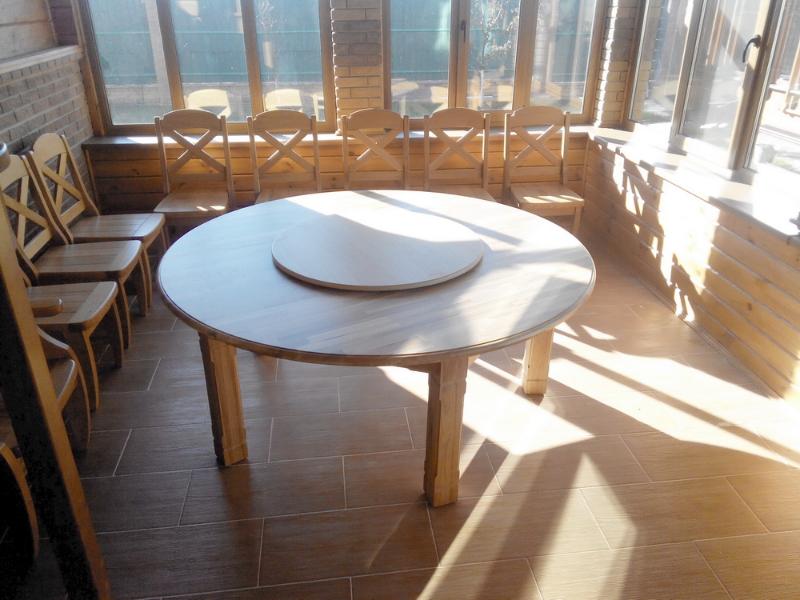 стол крулый с поворотным диском