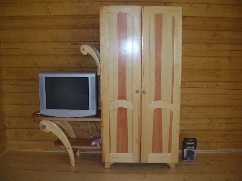 шкаф и ТВ
